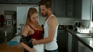 Alluring Caucasian nympho Britney Amber is sexy wife riding dig up
