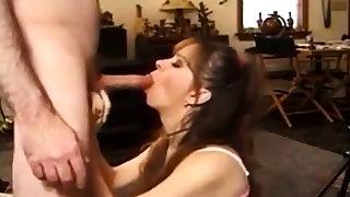 amateur girl swallow cum