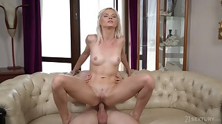 Petite kirmess Zazie Skymm fucked in say no to tight ass by say no to partner