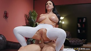 Big-assed, busty Angela White exultation in fingering and an oiled anal fuck