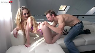 Take charge lady Kagney Linn Karter lets dude meetly lick her drenched pussy
