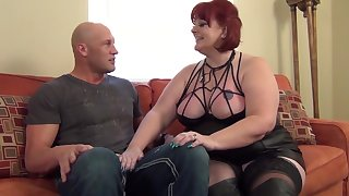 Creature Sammie - Redhead MILF BBW Creature Sammie welcomes me around the neighborhood