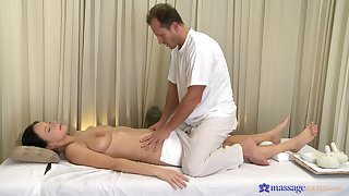 Sensual massage leads these two about share wonderful sex moments