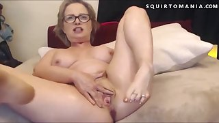 Hot Mature with Big Tits Squirting Wet Orgasm Vociferation