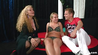Amateur FFM triumvirate with two matures together with a younger man. HD