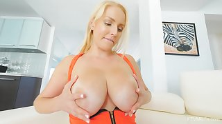 Kinky blonde MILF Vanessa uses a fancy toy on her hungry twat