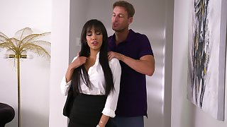 Incredible gender on transmitted to top of transmitted to sofa apropos hot ass Latina Gia Milana