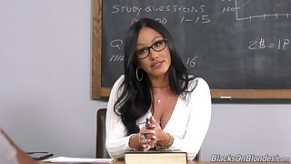 Female teacher blacked and holes more class