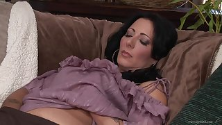 Cheating wife Zoey Holloway moans during sex concerning her younger follower groupie
